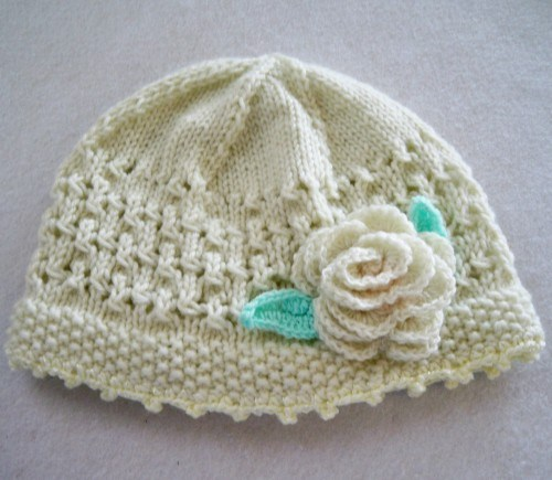 cream_lace_patterned_hat_hand_knit_with_crochet_rose_3304ed14