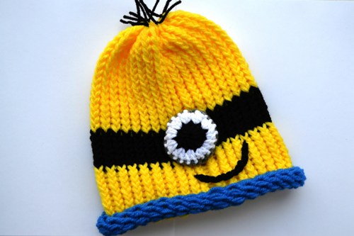 knit_yellow_minion_or_purple_minion_hat_d0f186e1