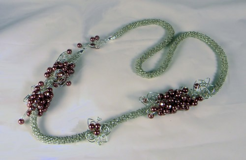 silver_glass_bead_kumihimo_braid_mauve_glass_pearls_and_wire_accents_cda89276