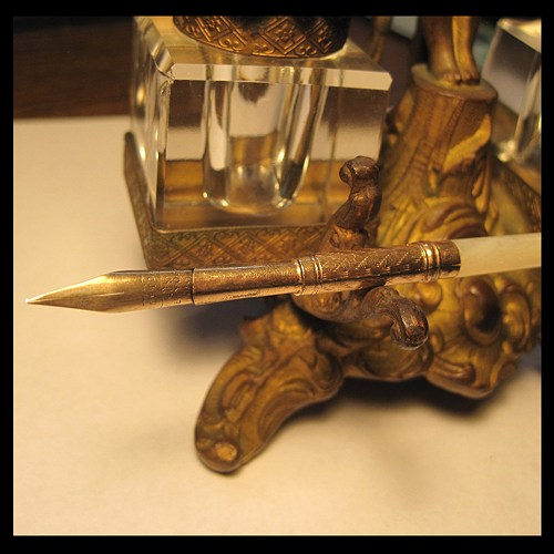 vintage_mother_of_pearl_and_gold_dip_pen_a_norton_andamp_sons_new_york_f03e11bc_536908